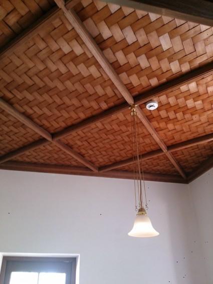 洋室に網代天井