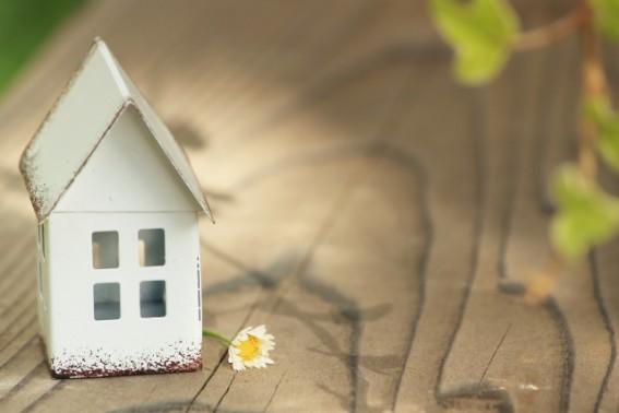 自然素材の家と季節